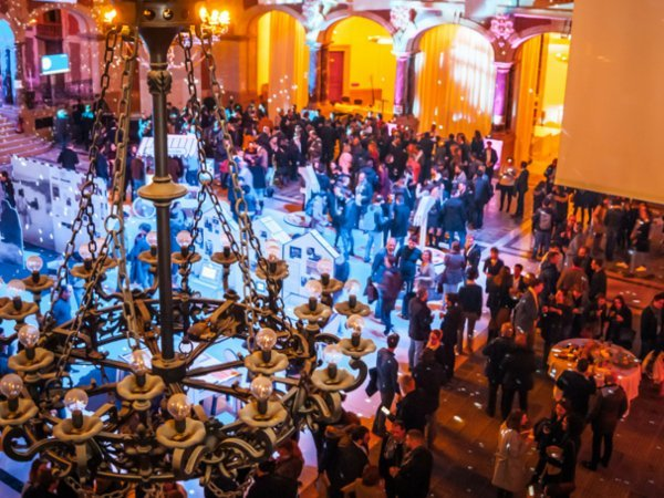 lille_grand_hall_palais_bourse_soiree